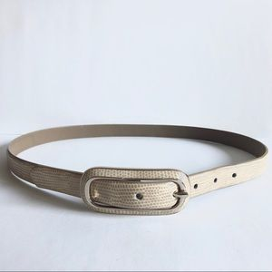 Cream oval buckle vintage belt
